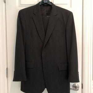 Men's Jos. A. BANK SUIT.